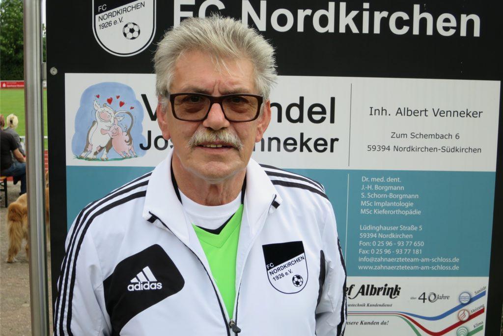 Werner Kaschura kann sich vorstellen, nach 25 Jahren die Pfeife an den Haken zu hängen.