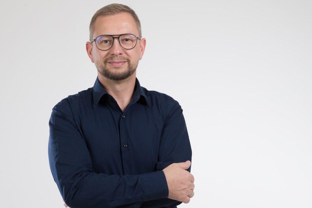 Dirk Sindermann ist Obermeister der Dachdecker-Innung Dortmund und Lünen und führt selbst einen Handwerksbetrieb.