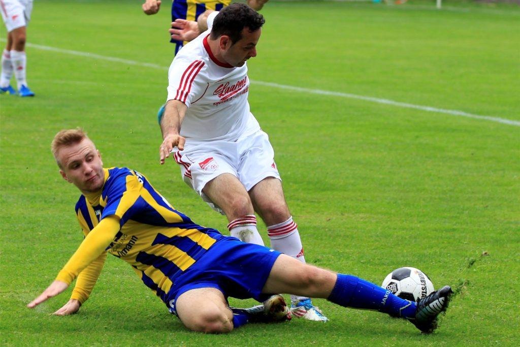 Robin Ploczicki (l.) wechselt im Sommer zum von Lippramsdorfs Ex-Trainer Michael Hellekamp trainierten Viktoria Heiden.