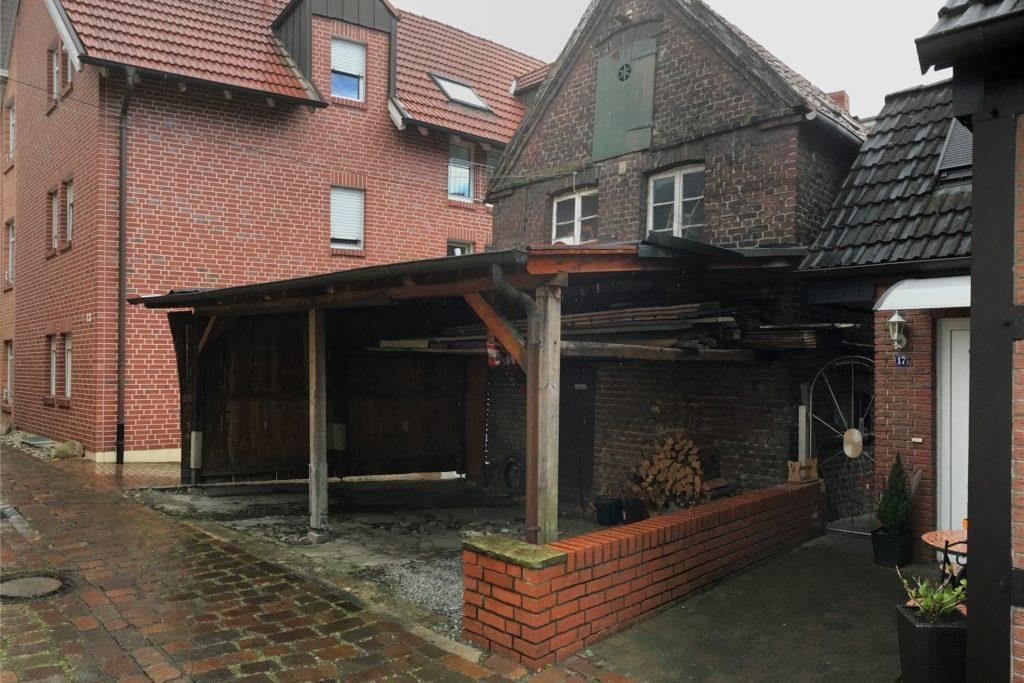 Die alte Stuhlmacher-Werkstatt an der Westmauer steht auf den Resten der früheren Stadtbefestigung.