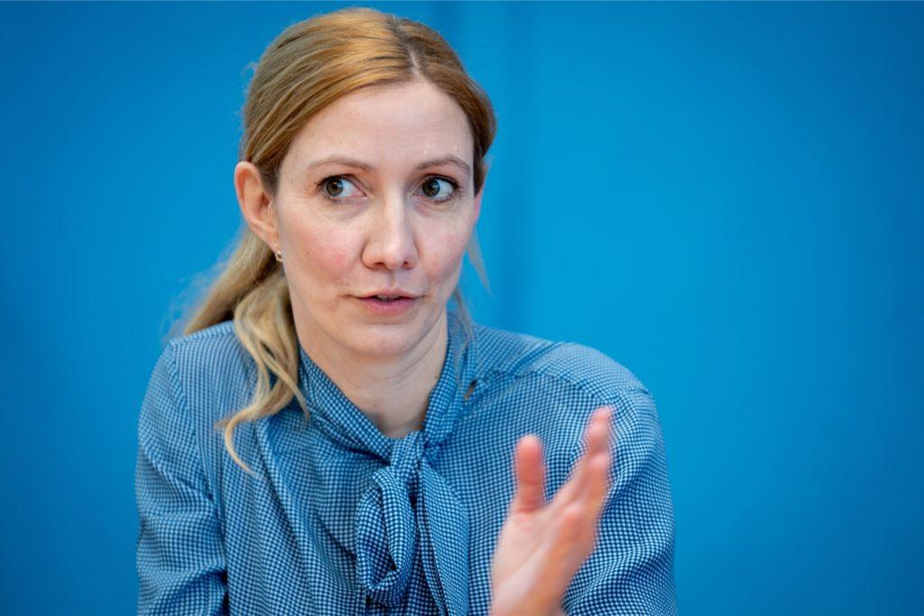 Sandra Ciesek, Direktorin des Instituts für Medizinische Virologie am Universitätsklinikum Frankfurt