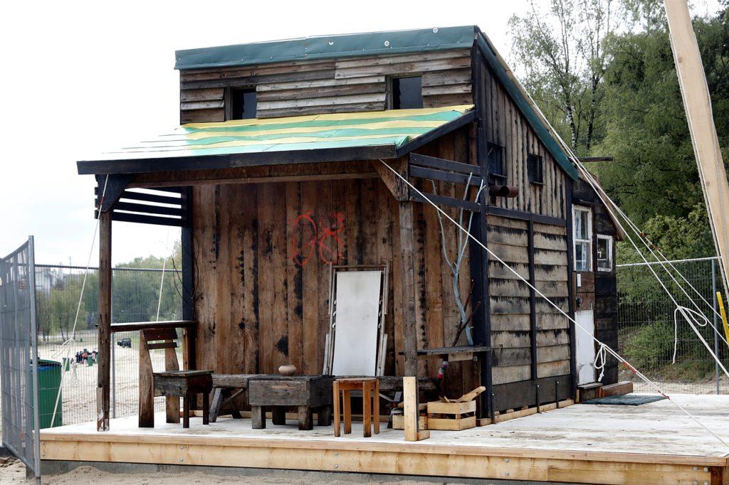 Das Discuvry-Haus von Yukihiro Taguchi und Chiara Ciccarello steht ebenfalls schon am Silbersee.