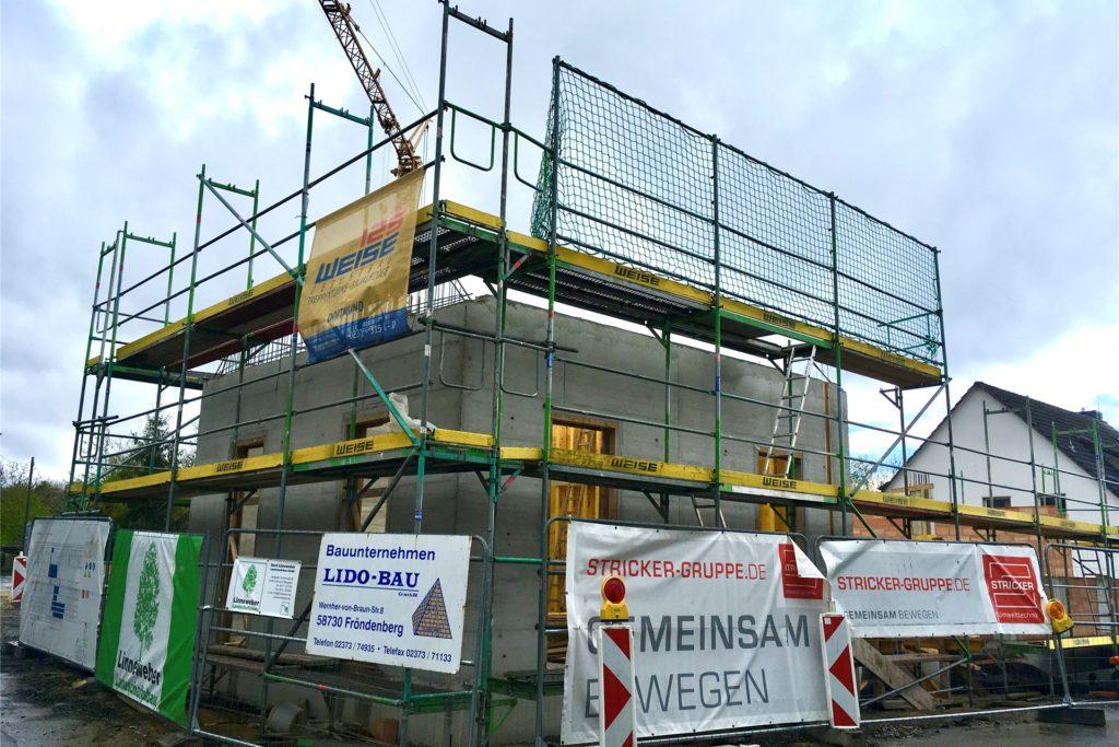 Auf der Fläche der alten Schmiede entsteht der Overkamp-Neubau.