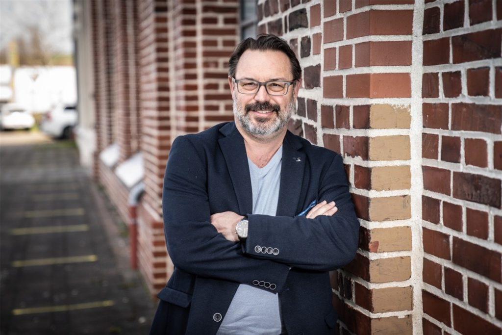 Bezirksbürgermeister Werner Gollnick (CDU) berichtet von einem Projekt namens