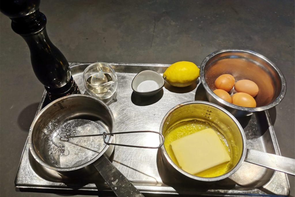 Diese Zutaten werden für die Sauce Hollandaise benötigt.