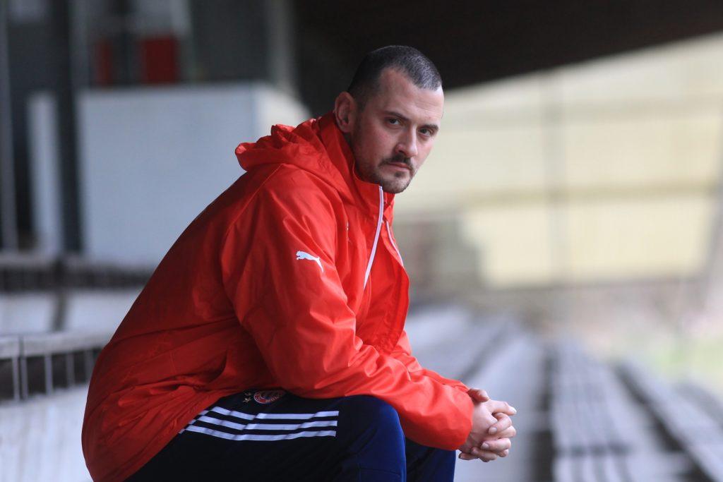 Sezer Yildiz ist beim BV Brambauer für die Jugendabteilung zuständig.