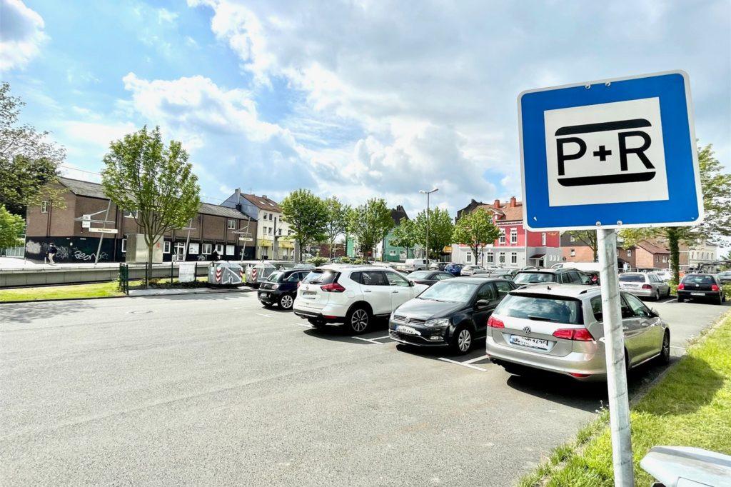 """Ein großer P+R-Parkplatz wäre am Haltepunkt """"Am Beilstück"""" schon vorhanden."""