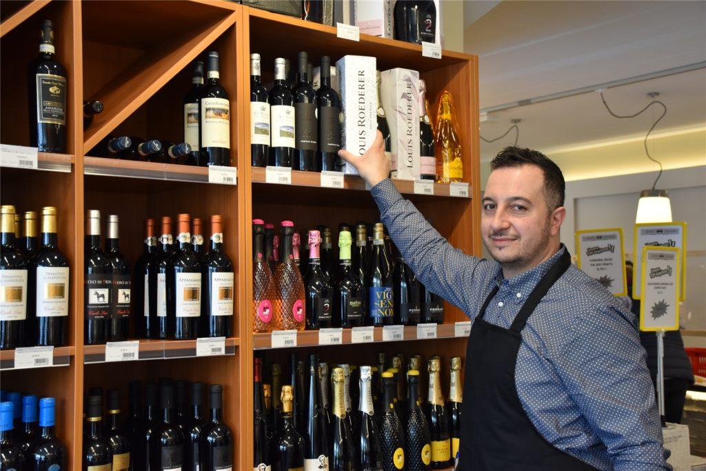 Auch zahlreiche italienische Weine finden sich im Sortiment des Supermarktes.