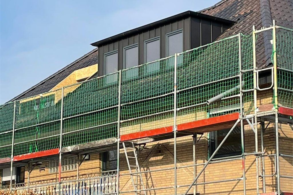 Ein Haus entkernen und neu aufbauen – auch das zählt zum Repertoire. Hier in Borken an der Langen Stiege entstehen aktuell fünf Wohneinheiten.