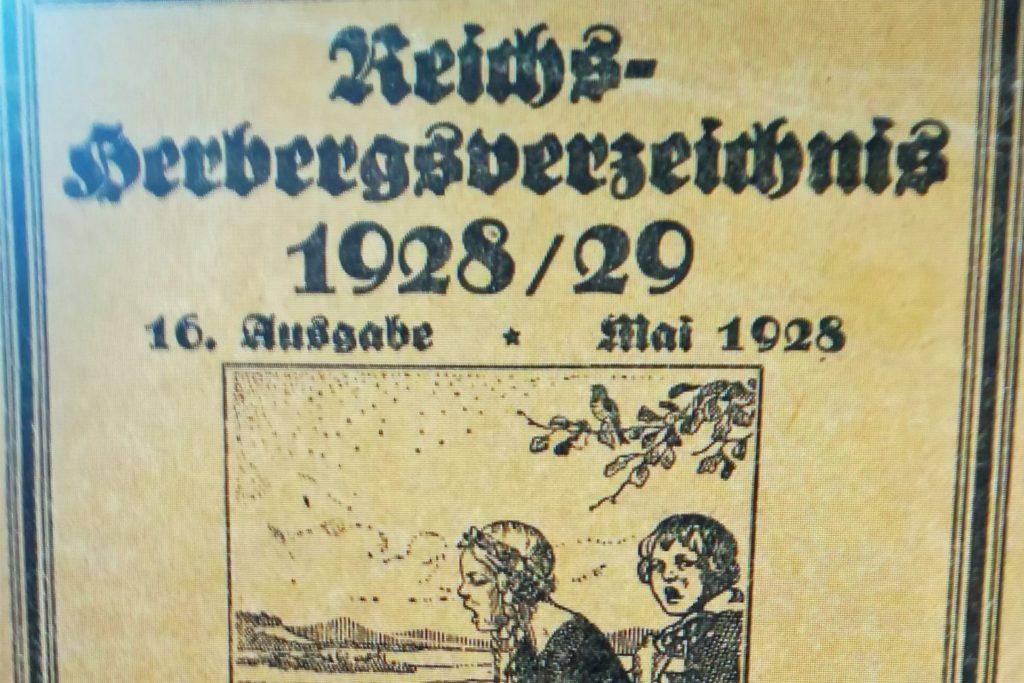 Im Herbergsverzeichnis von 1928/29 ist das Haus in der alphabetischen Aufstellung unter Wethmar (Lünen, Lippe), Mühle Kirchlinde, aufgeführt.