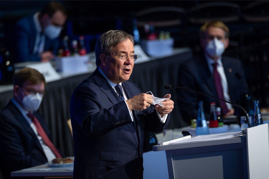 Armin Laschet (CDU), Ministerpräsident in NRW, gibt am Mittwoch im Landtag einen Überblick über die aktuelle Corona-Lage.