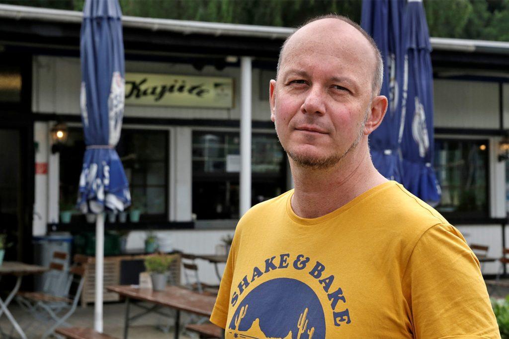 Christian Zehren setzt auf Alternativen zum Plastikgeschirr.