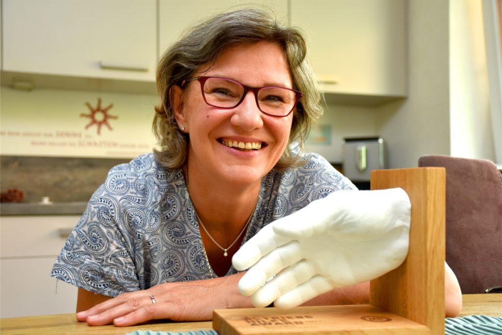 Als eine von vier Preisträgern in ganz Deutschland hat Maria Bils in diesem Jahr den Betriebshilfe-Award erhalten. Der Preis wurde erst zum dritten Mal vergeben. Schon zum zweiten Mal wurde allerdings ein Helferin vom Betriebshilfedienst Ahaus ausgezeichnet.