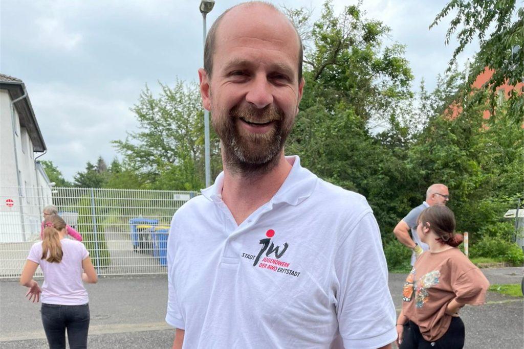 Markus Becker vom Jugendwerk der AWO in Erftstadt ist froh über die Hilfe aus Haltern.