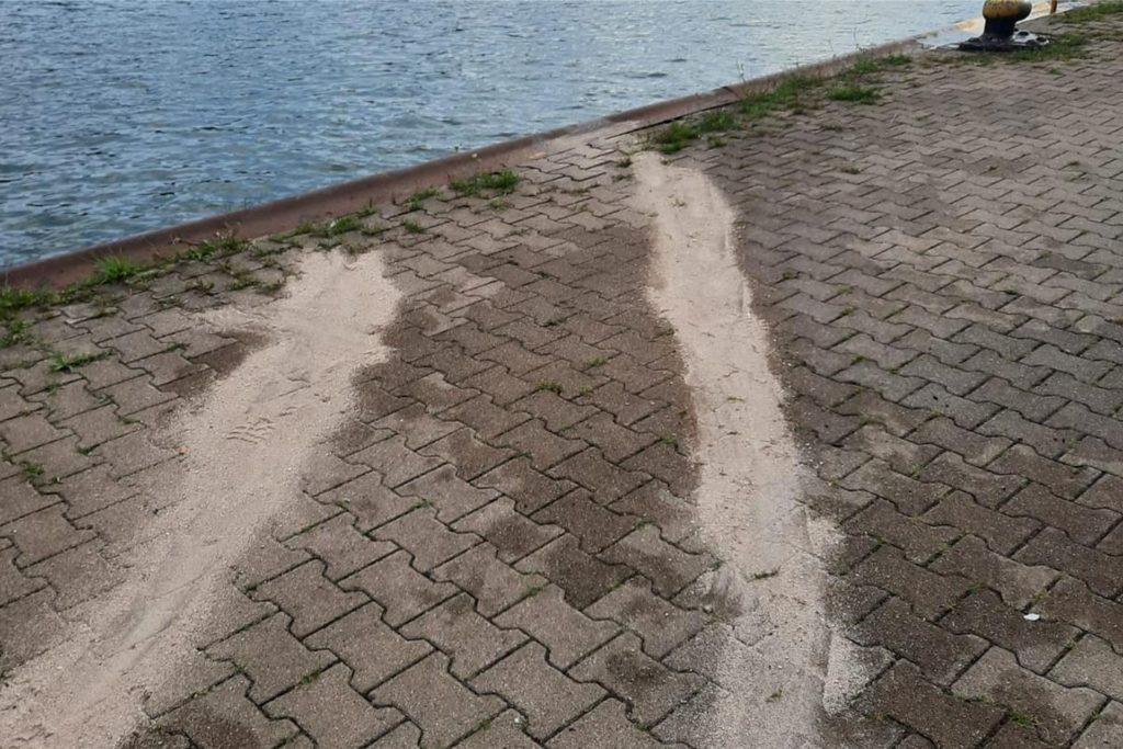 Diese Spuren in den Wesel-Datteln-Kanal sorgten für den Großeinsatz.