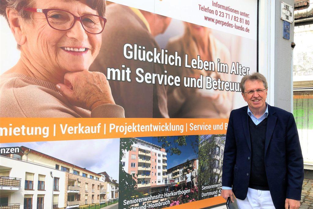 Lothar Heinze von der Werte und Wohnen IBAC Consulting GmbH hatte bei seinem Besuch in Lütgendortmund nicht für alle Interessenten gute Nachrichten im Gepäck.