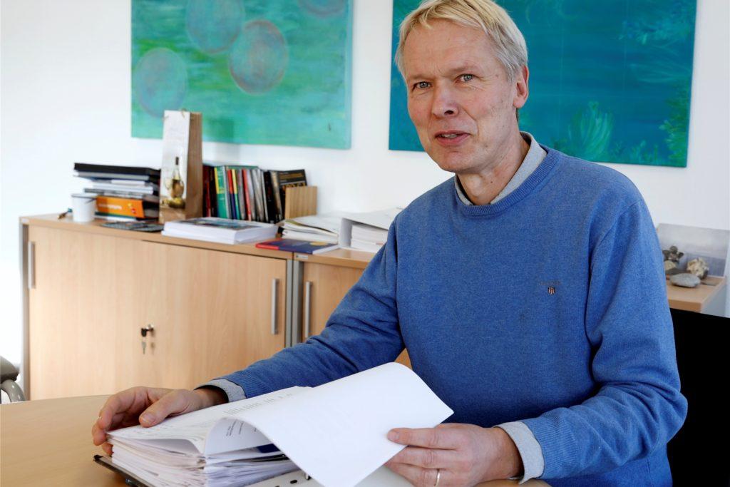 Ulrich Wessel, Schulleiter des Joseph-König-Gymnasiums, hofft, Klassenfahrten im Frühjahr nachholen zu können.