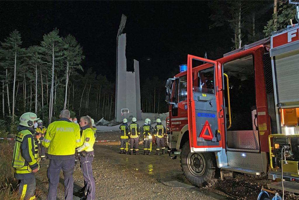 Am späten Abend des 29. Septembers 2021 ist in der Hohen Mark in Haltern ein Windrad eingestürzt.